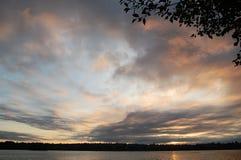 Soluppgång över den gröna sjön Seattle, Washington Arkivbilder