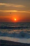 Soluppgång över den Great Yarmouth stranden Norfolk Arkivbild