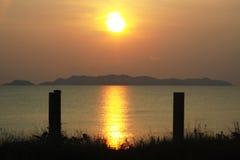 Soluppgång över den Kapas ön royaltyfri bild