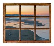 Soluppgång över floden i Nebraska Sandhills royaltyfria foton