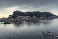 Soluppgång över Gibraltar från ms Queen Elizabeth Royaltyfria Bilder
