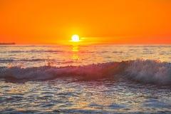 Soluppgång över havet Royaltyfri Foto