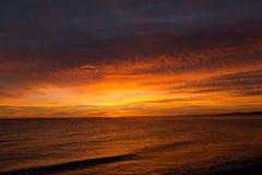 Soluppgång över havet av Cortez, Los Barriles, Mexico Arkivbilder