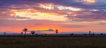 Soluppgång över Maraen arkivfoton