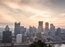 Soluppgång över Pittsburgh royaltyfri foto