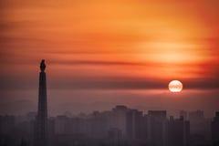 Soluppgång över Pyongyang, DPRK - Nordkorea Royaltyfri Fotografi