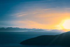 Soluppgång över sjön Titicaca i Bolivia Arkivbilder