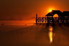 Soluppgång över sjön Zegrze 2 Royaltyfria Foton