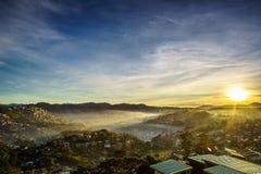 Soluppgång av Baguio arkivfoton