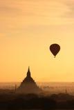 soluppgång för bagan2 myanmar Arkivfoto