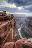 Soluppgång för Grand CanyonToroweap punkt Royaltyfria Foton