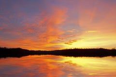 soluppgång för håljackson lake arkivfoto
