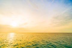 soluppgång för hav 3d Fotografering för Bildbyråer