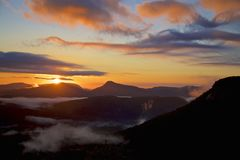 Soluppgång för kassörskaSkotska högländernadal Royaltyfri Bild