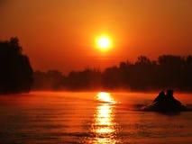 soluppgång för maggiore för fiskareitaly lake Royaltyfri Foto