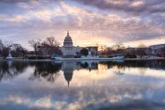 Soluppgång för Washington DC för USA-Kapitoliumbyggnad Arkivbilder