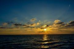 Soluppgång från Black Sea Arkivbilder