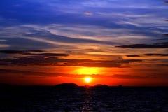 Soluppgång från havet, Thailand Royaltyfri Foto