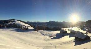 Soluppgång i Österrike alpin arkivbild
