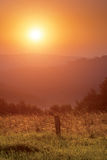 Soluppgång i berg Fotografering för Bildbyråer