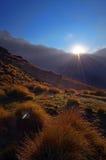 Soluppgång i de Himalaya bergen Royaltyfria Bilder