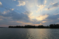 Soluppgång i Donaudelta Arkivbilder