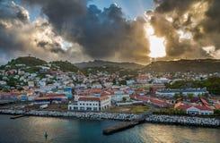 Soluppgång i Grenada som är karibisk royaltyfri bild