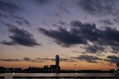 Soluppgång i portoen av Barcelona Royaltyfri Foto