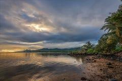 Soluppgång i Samoa Arkivbild