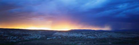 Soluppgång i Southwest Utah arkivbilder