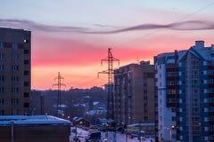 Soluppgång i staden Arkivfoton