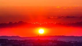 Soluppgång i staden Timelapse arkivfilmer