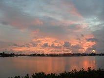 Soluppgång i tangent för maratonFlorida  Arkivfoto