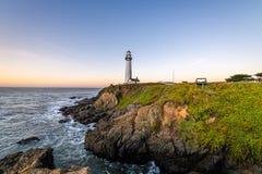 Soluppgång längs den Kalifornien kusten fotografering för bildbyråer