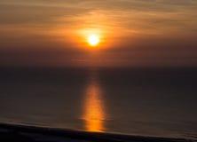Soluppgång med härliga färger på havet Royaltyfri Foto