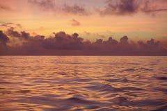 Soluppgång Norr Atlantic Ocean arkivfoto