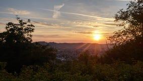 Soluppgång och en amezing sikt Arkivbilder