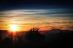 Soluppgång och moln in i Zaragoza Spanien Royaltyfria Bilder