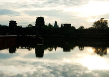 Soluppgång på Angkor Wat Arkivfoto
