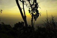 Soluppgång på berg Fotografering för Bildbyråer