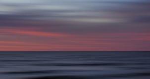 Soluppgång på Cape May som är nytt - ärmlös tröja Arkivbild