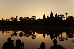 Soluppgång på den Angkor templet Arkivfoto