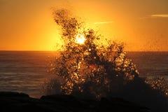 Soluppgång på den Ballito fjärden Arkivbild