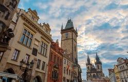 Soluppgång på den gamla stadfyrkanten Prague Arkivfoto