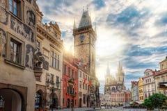 Soluppgång på den gamla stadfyrkanten Prague Fotografering för Bildbyråer