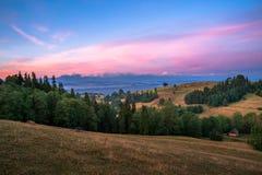 Soluppgång på den Spisz regionen Royaltyfri Foto