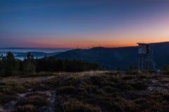 Soluppgång på det Lousa berget, Lousa, Portugal Fotografering för Bildbyråer