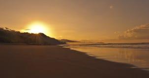 Soluppgång på Dominical Playa Royaltyfria Bilder