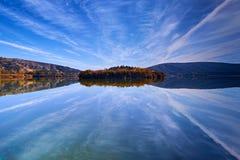 Soluppgång på Eymir sjön, Ankara Turkiet Arkivfoton