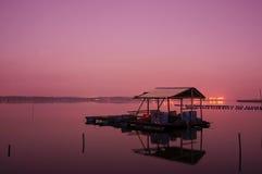 Soluppgång på fiskaren Jety Royaltyfria Foton